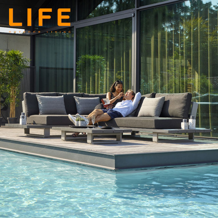 LIFE - Outdoor Living